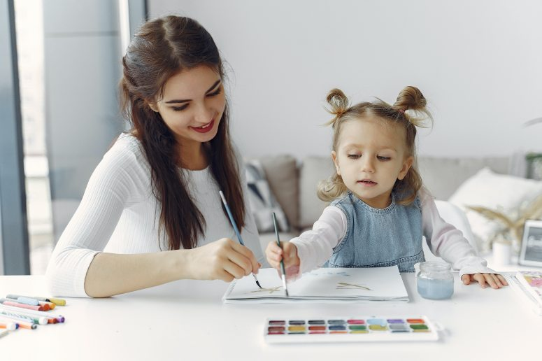 mother-and-daughter-painting-activity-3985021 (1)