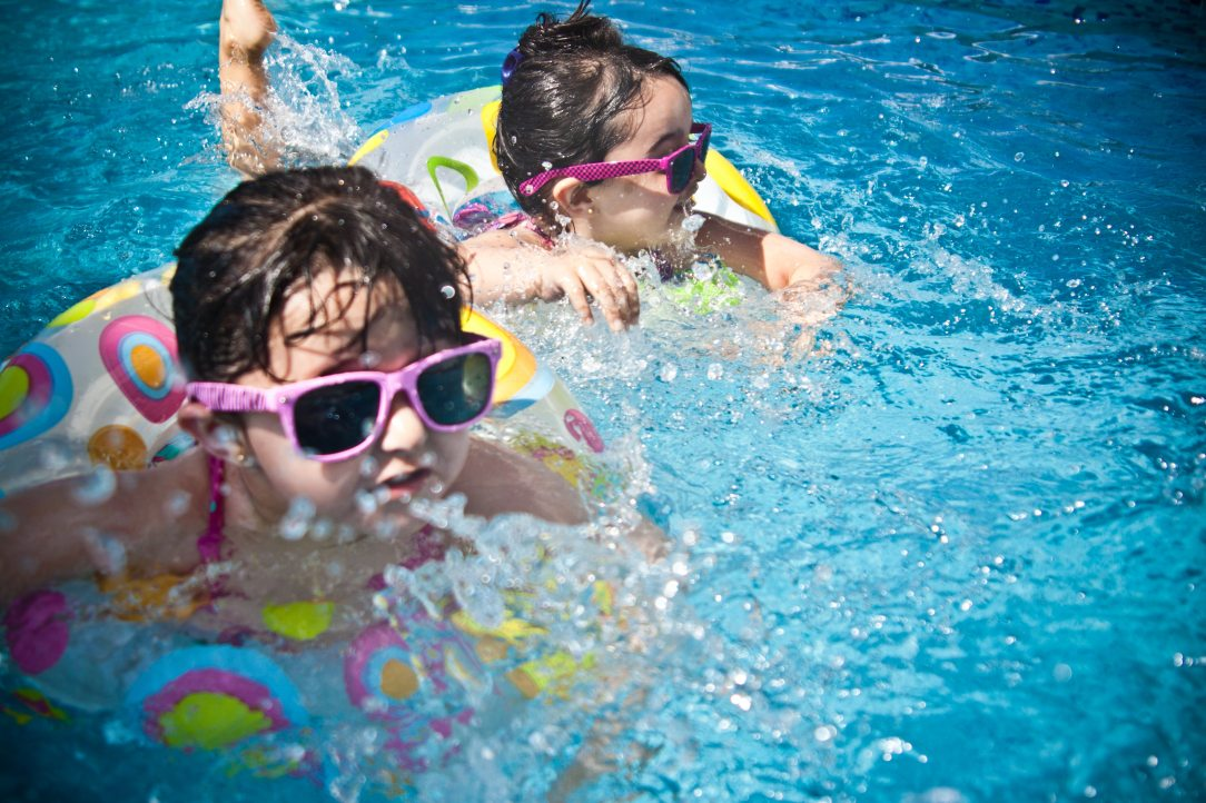sunglasses-girl-swimming-pool-swimming-61129